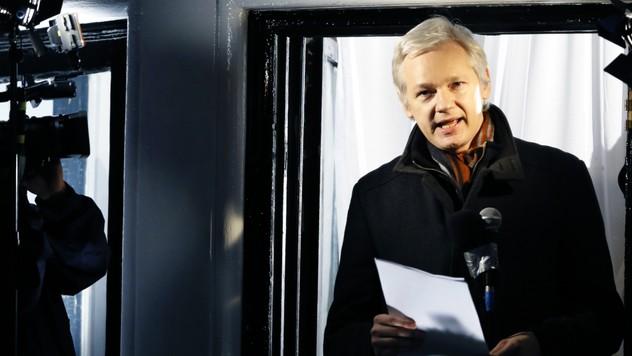 15da5a2814 Ekvádor žiadal pre Assangeho lekára