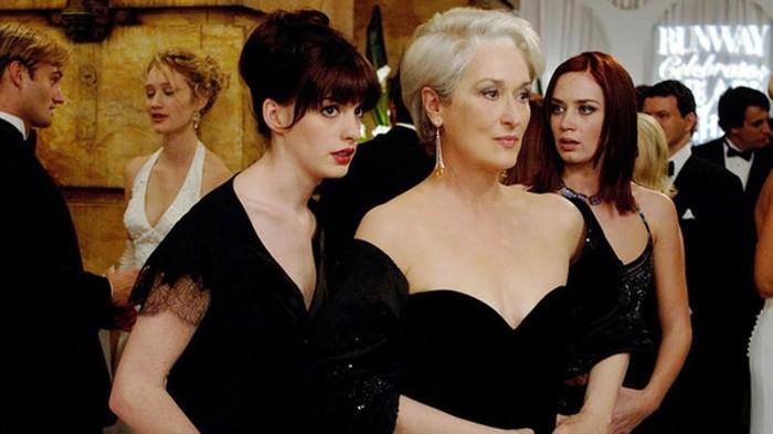 Anne Hathaway vo filme Diabol nosí Pradu