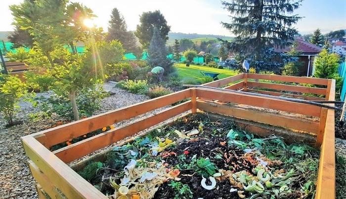Nová záhrada - kompost