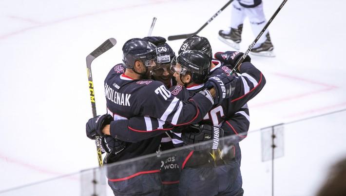 86e8ee1d19c9b Hráči Slovana Bratislava začali výjazd za najvzdialenejšími súpermi v 10.  ročníku Kontinentálnej hokejovej ligy (KHL) ziskom jedného bodu.