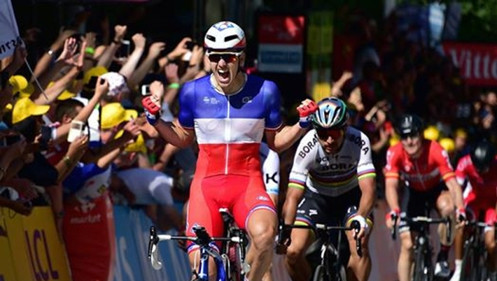 dac67e4a158c9 Francúz Arnaud Démare z tímu FDJ sa stal víťazom 4. etapy 104. ročníka  cyklistických pretekov Tour de France, ktorá mala štart v Mondorf Les Bains  a po 207 ...