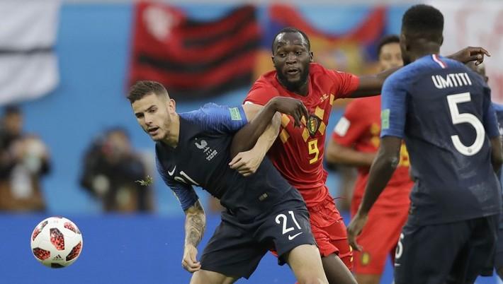 18740ea75 Ohlasy médií na prvé semifinále XXI. majstrovstiev sveta vo futbale  Francúzsko - Belgicko (1:0), ktoré sa hralo v ruskom Petrohrade: