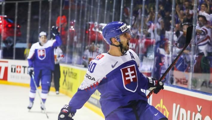777fb58d9dfd2 Slovenský hokejový reprezentant Tomáš Tatar ako keby ani nepotreboval  oddych. Po dlhej sezóne v zámorskej NHL v tíme Montreal Canadiens prišiel  počas jari ...