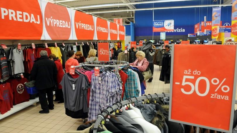 2ff0bc4a0 Začali sa povianočné výpredaje, vyvrcholia v januári | Noviny.sk