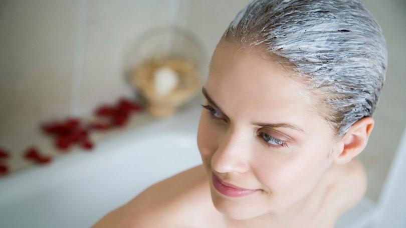 SOS pre zdravé vlasy  Maska z 3 surovín zastaví padanie a podporí ich rast 467a304ea7a