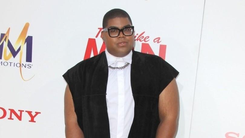 f7b87fc4e1b3 Syn športovej legendy Magica Johnsona  Schudol 80 kíl a nosí ženské  oblečenie!
