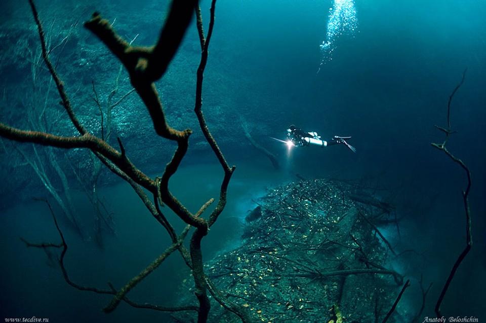 Cenote Angelita - Podvodná rieka v Mexiku