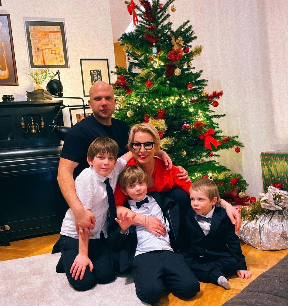 Wanda Hrycova s rodinou