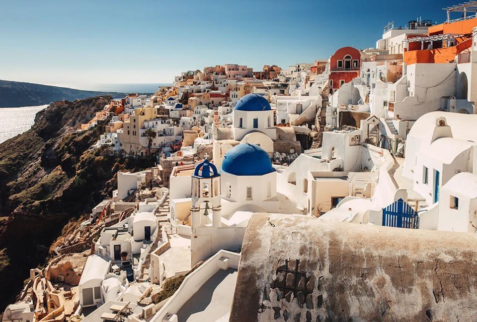 Malebný grécky ostrov Santorini