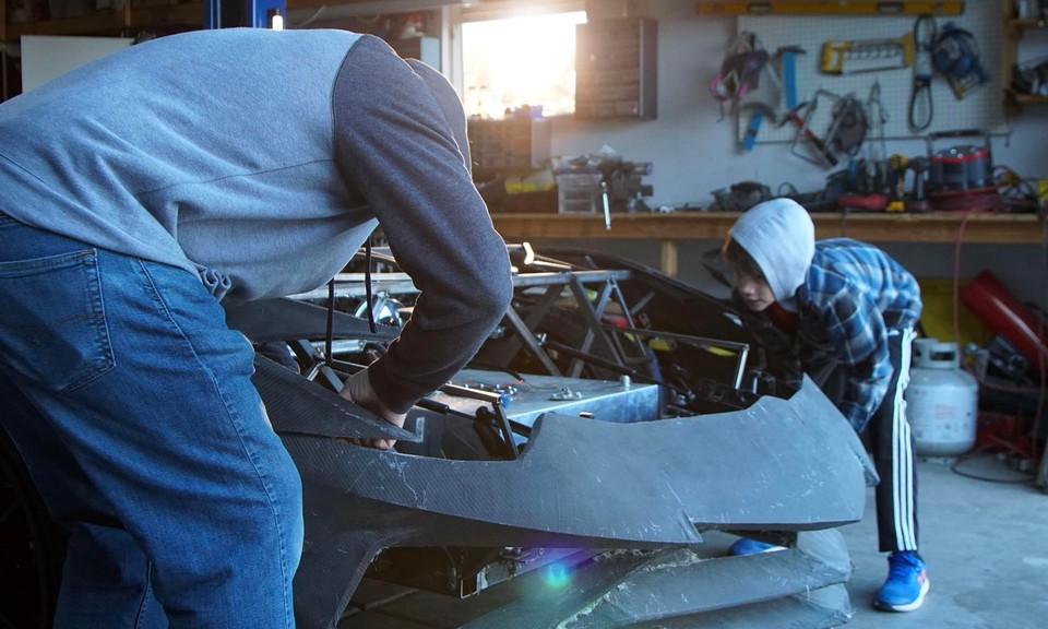 Lamborghini Aventador stavaný 3D tlačiarňou