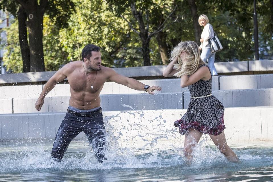 Peter a Lucia - bláznenie vo fontáne 2