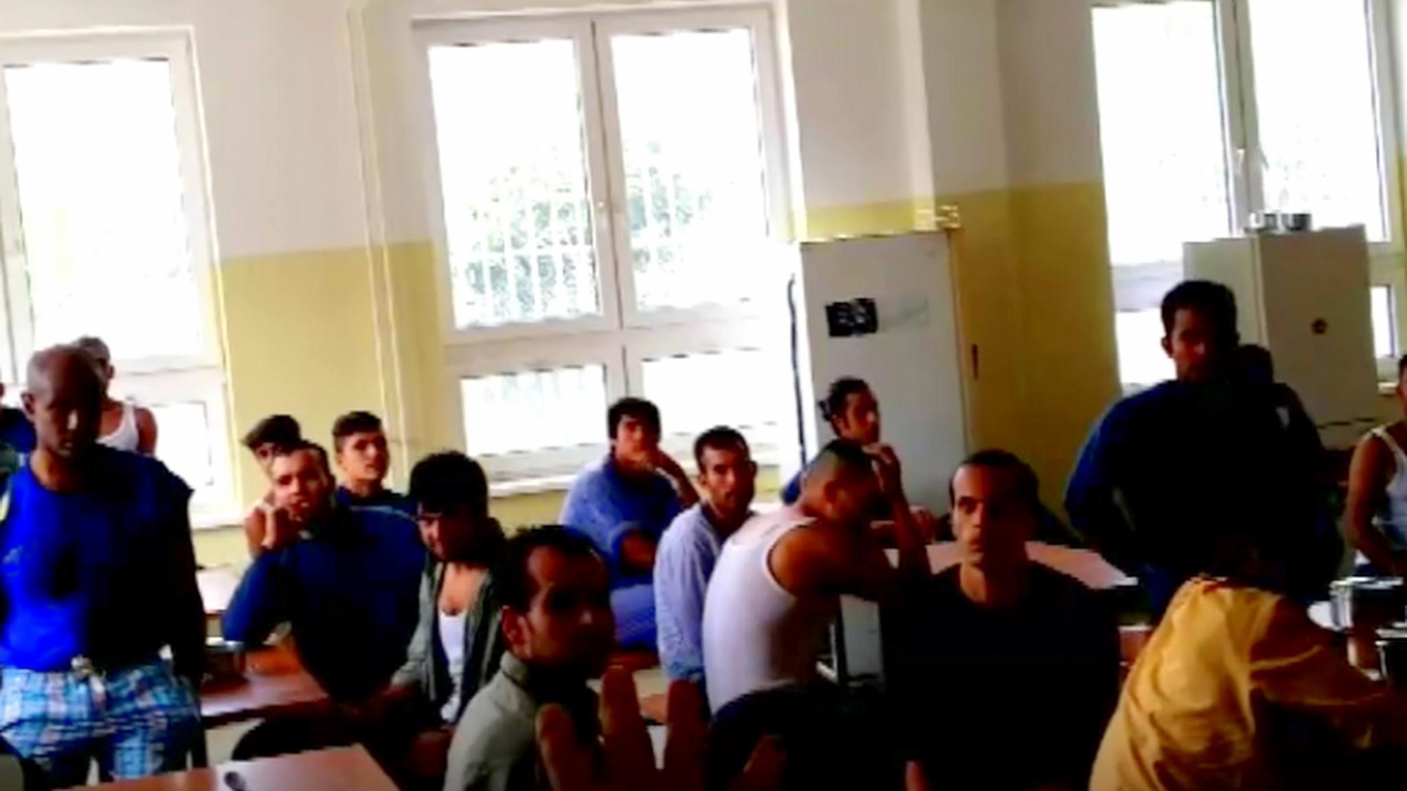 Slovensko: Imigrant z Afriky zaútočil na policistu. Nelíbilo se mu rozhodnutí, že bude vyhoštěný