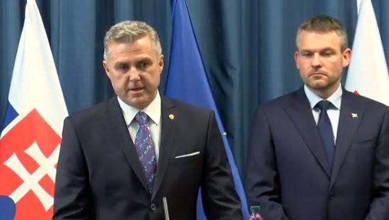 Tibor Gašpar končí ako policajný prezident. Po dohode s Pellegrinim