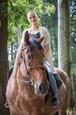 Alica na koni