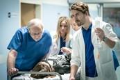 Richard Autner, Nela Pocisková, František Kovár a Eva Mores v seriáli Nemocnica