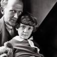A.A.Milne a jeho syn Christopher Robin