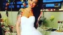 Agáta Prachařová v svadobných šatách980
