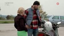 Vdova, Čobejová na motorke