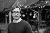 Som mama - Ján Dobrík fotografuje na nakrúcaní seriálu - Jiří Havelka