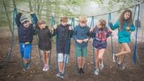 Prázdniny - Nakrúcanie v lanovom centre sa nezaobišlo bez neplánovanej a hustej hmly