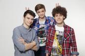 NAŠI - Rodinovci vystrúhali skvelé grimasy - Gregor, Max a David