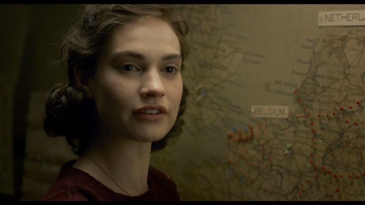 Lily James, Najtemnejšia hodina