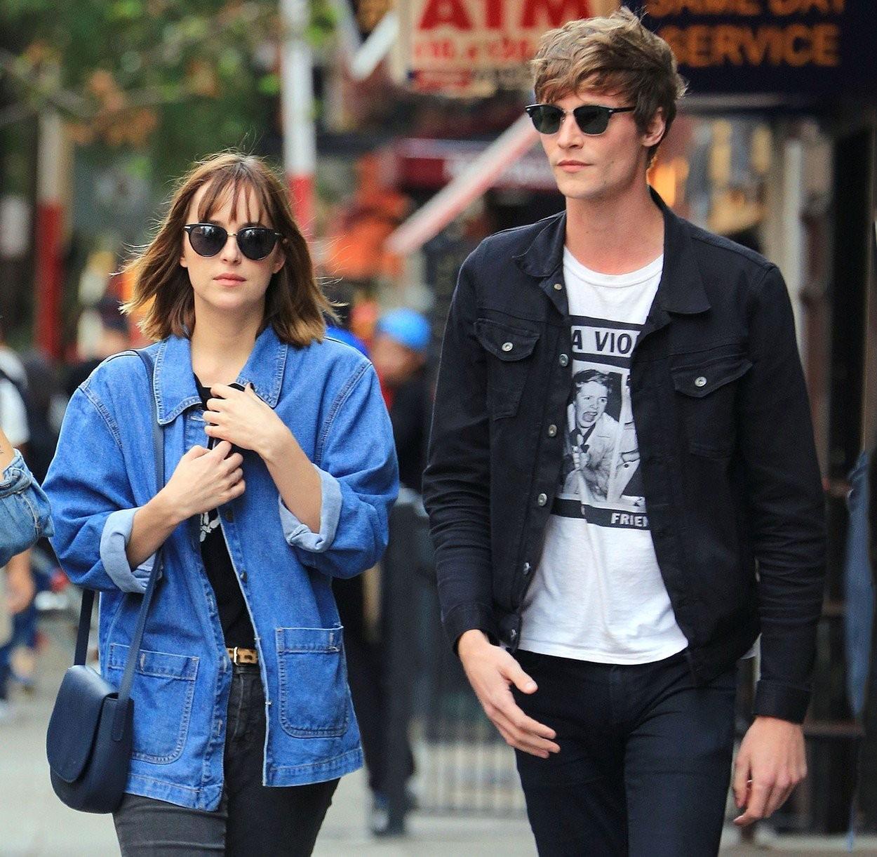 Dakota Johnson s bývalým priateľom Matthewom Hittom