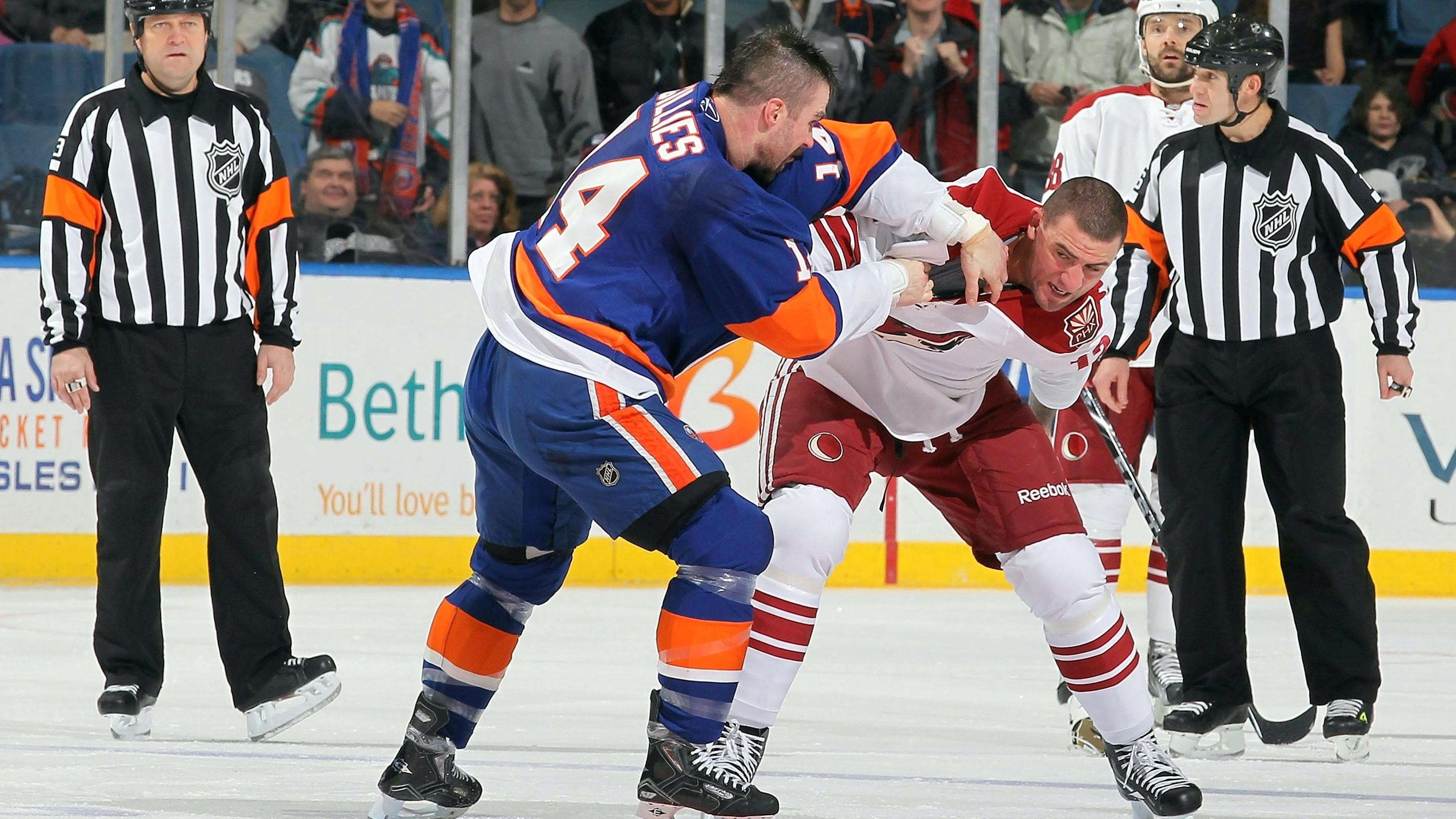 Bitkár_Trevor_Gillies_hokej