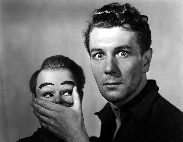 Prízraky noci (1945) - Michael Redgrave