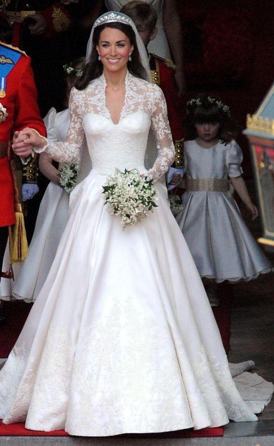7b6d70aa6a96 Najkrajšie celebritné nevesty v histórii  V ktorých svadobných ...