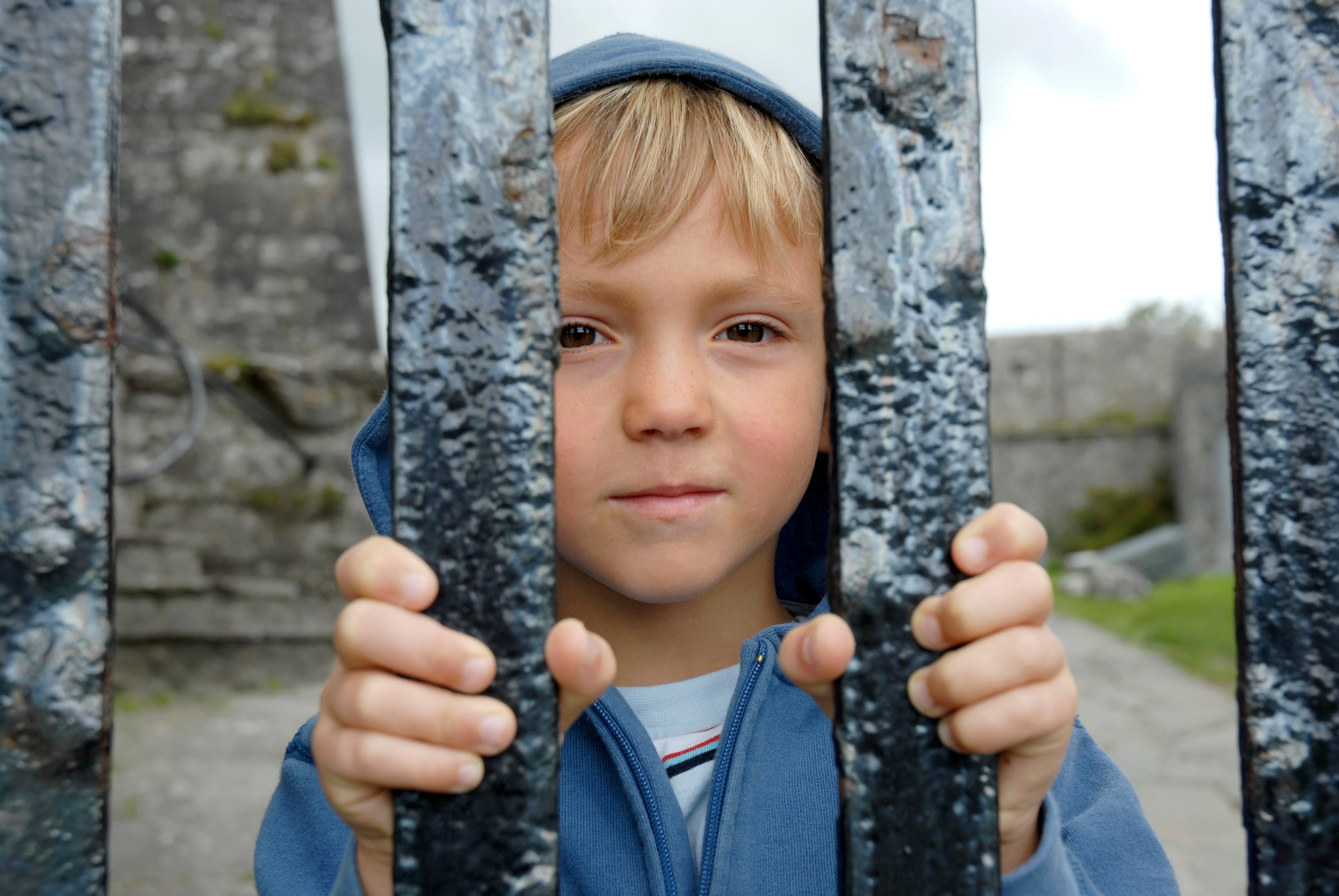 """Deti s Aspergerovým syndrómom sú často """"vyhnané"""" z kolektívu, hoci veľmi túžia po priateľstvách..."""