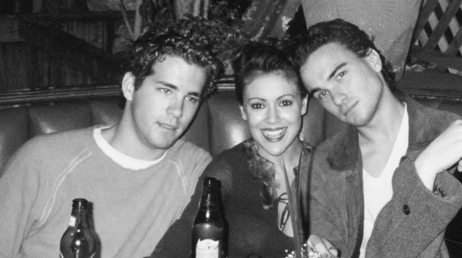 Ryan Reynolds, Alyssa Milano a Johnny Galecki