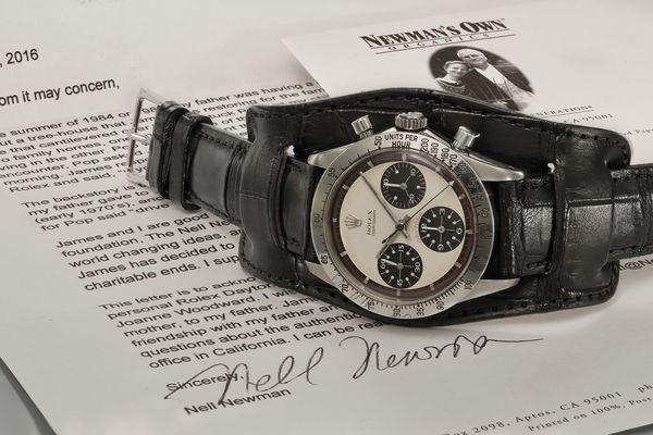 Hodinky Rolex Daytona Paula Newmana boli vydražené za rekordnú čiastku.