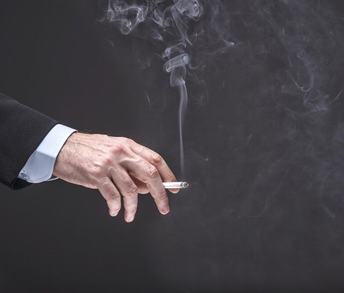 Fajčenie NAOZAJ spôsobuje impotenciu!