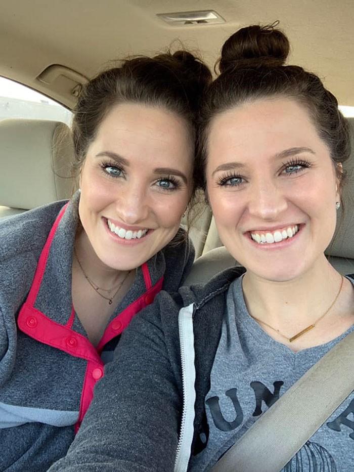 sestry, dvojičky