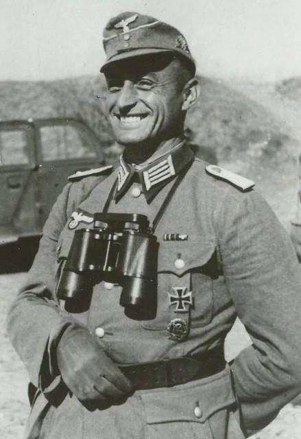 """Josef """"Sepp"""" Gangl (1910-1945). In memoriam mu boli udelené niekoľké významné ocenenia."""