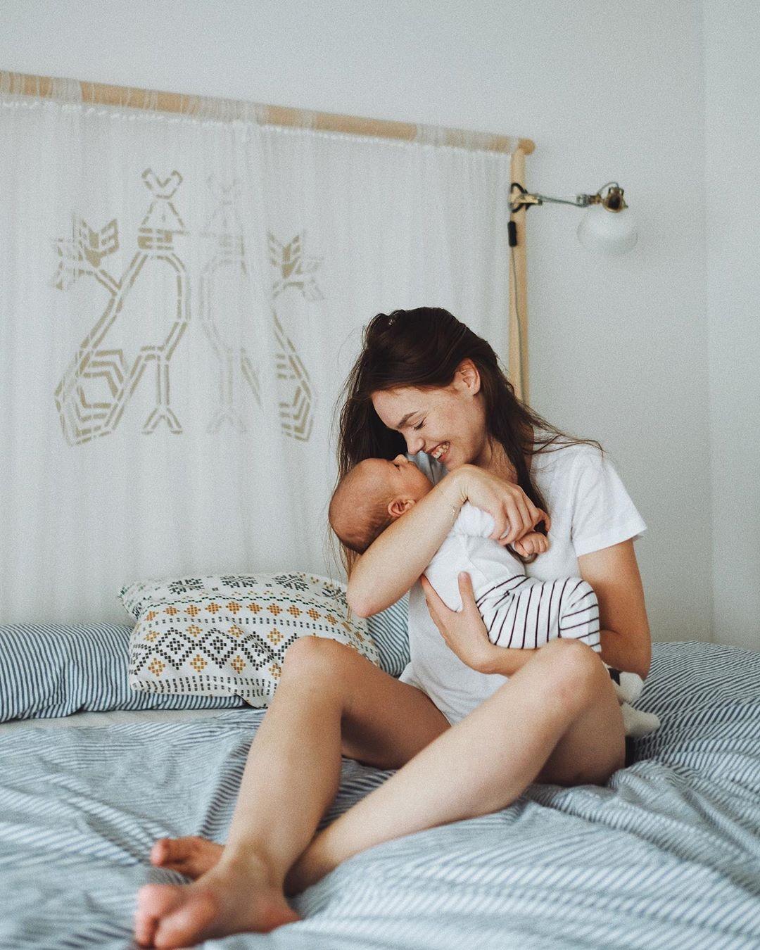 Mary Bartalos so synčekom Noelom
