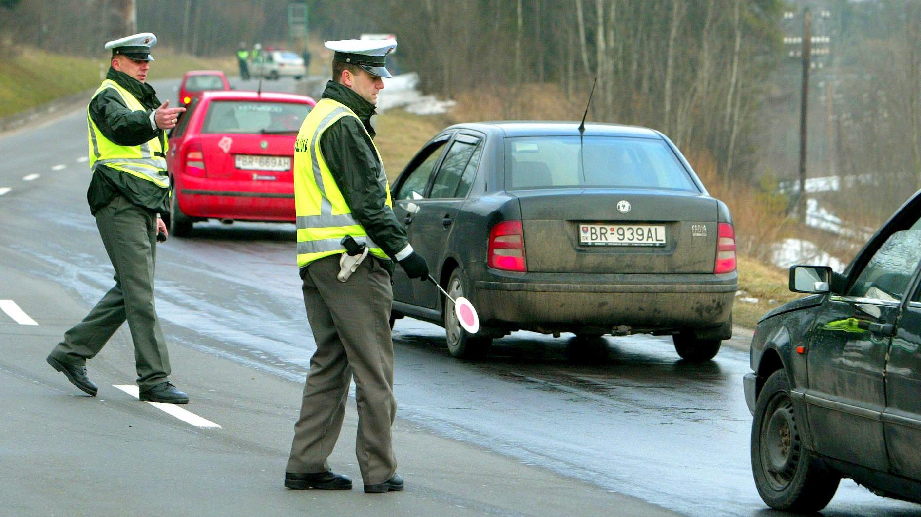 0d284a9f8 Policajtom za 200 €. Na internete kúpite aj policajný preukaz ...