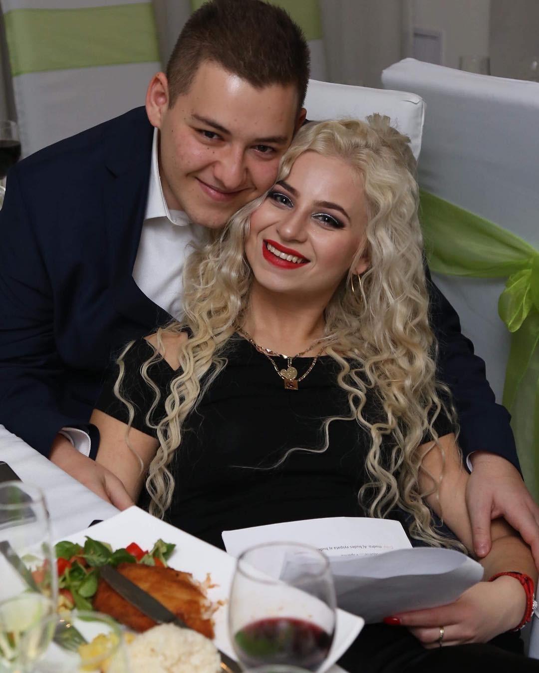 Dávid Habo so svojou priateľkou Renátou