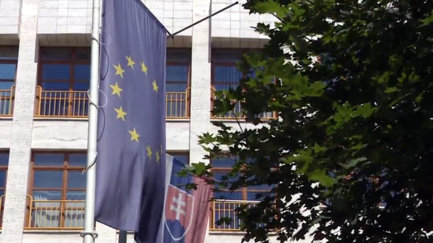 d5e15054283e6 Cudzinci chcú podnikať na Slovensku. Nevedia sa prebiť cez byrokraciu |  Noviny.sk
