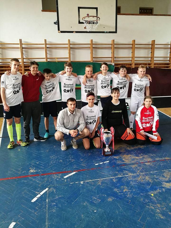 Víťazný tím chlapcov - ZŠ Dunajská Lužná