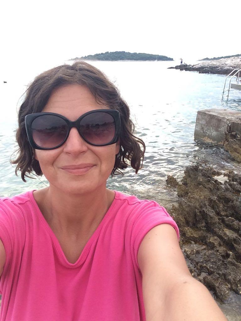 Lujza Garajová Schrameková si užíva leto v Chorvátsku s rodinou a paddleboardom