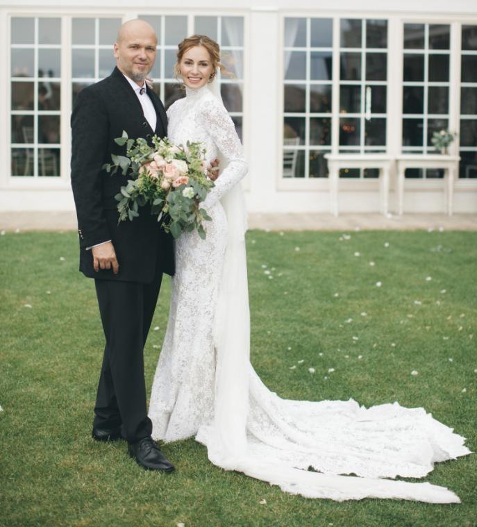 9d27a471bb67 Krásna nevesta Čírová  Jej svadobné šaty už mala na sebe táto Slovenka!