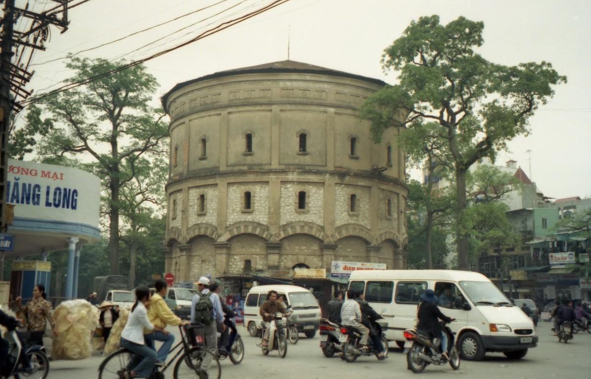 Bot Hang Dau v starej štvrti hlavného mesta
